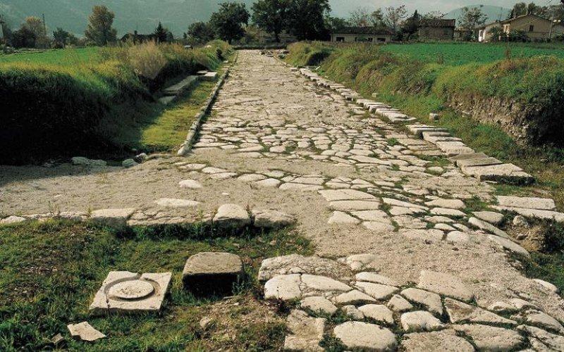 parco archeologico strada romana